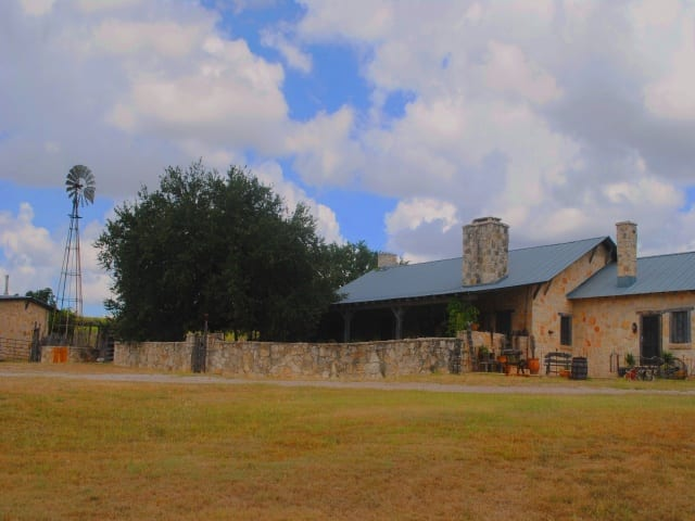 CR 327- Goldthwaite- Texas 76844, ,Homes With Acerage,For Sale,Cr 327,1059