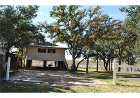 3490 Bounding Main Bounding Main, Brownwood, Texas 76801, ,Homes,For Sale,Bounding Main,1077